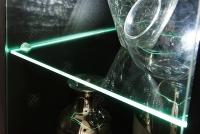 Komoda Factor 4 komoda z białym oświetleniem